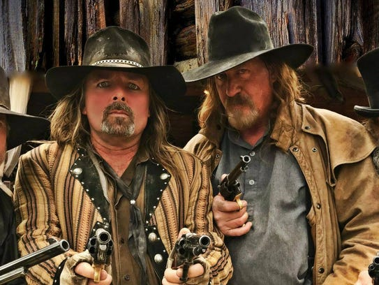 Six Gun Entertainment will stage a wild West shoot and then stay to visit and take photos with fans afterward.