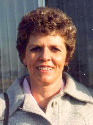 Martz Sayler died at age 83 in her beautiful home of 41 years in Bellvue,