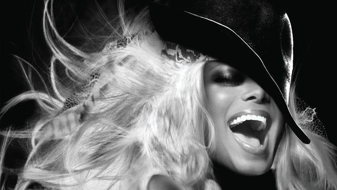 Janet Jackson return to touring after taking time off to have a baby.