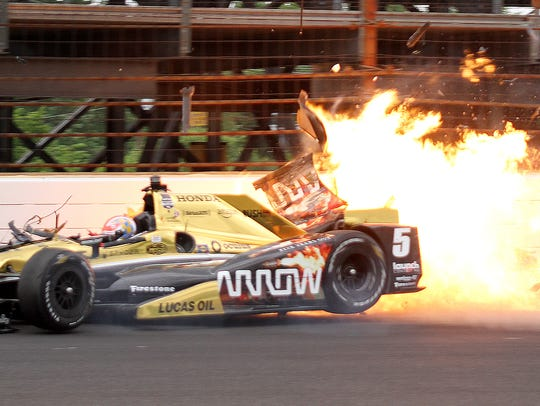 James Hinchcliffe nearly died after crashing in practice