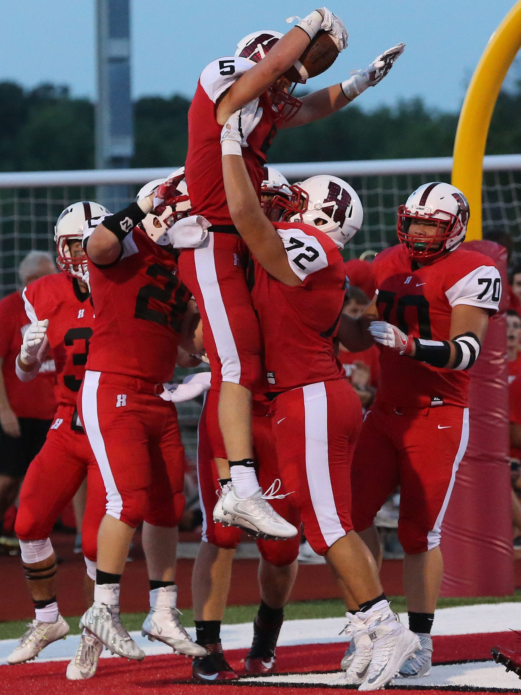 Prep Football Homestead Whitefish Bay Set The Standard In North Shore