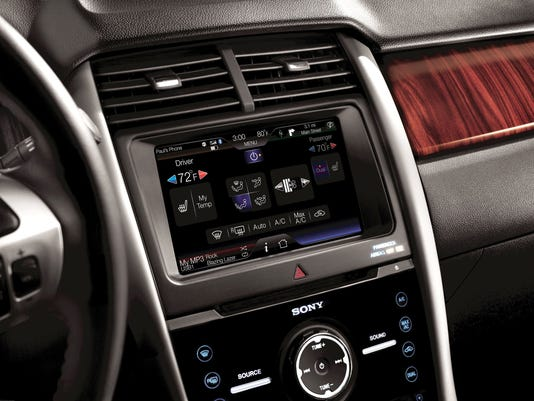2011-Ford-Edge-with-MyFord-Touch