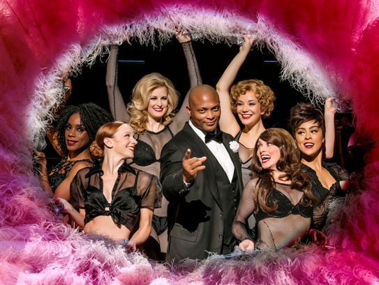 Former NFL running back Eddie George plays Billy Flynn