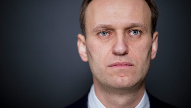 Russia S Alexei Navalny Calls For Election Boycott After Banned From Running