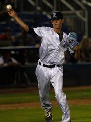 Florida Legends starting pitcher Trevor Knitskern fields