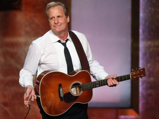 Jeff Daniels is on tour with the Ben Daniels Band, led by his 29-year-old son.