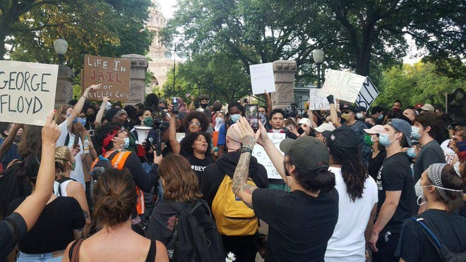 Dozens gathered at the Texas State Capitol and the Governor's Mansion on Wednesday evening, the sixth day of demonstrations in Austin against police brutality.