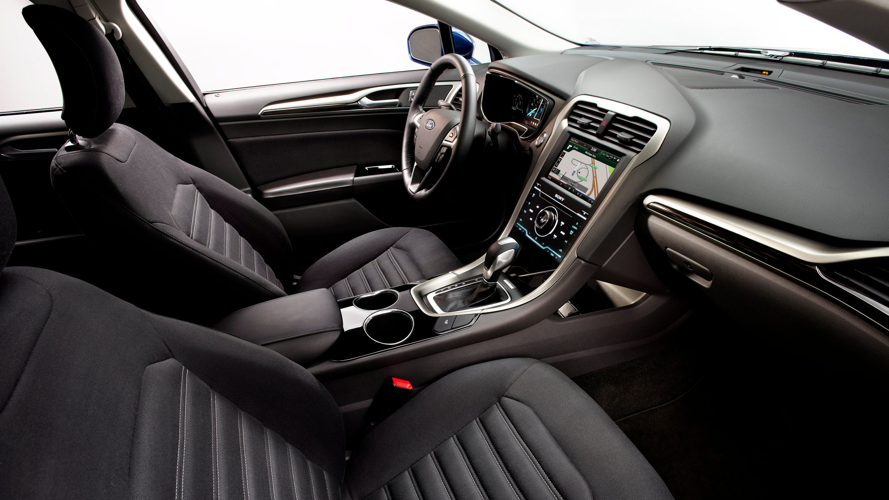 Auto Review The 2014 Ford Fusion Hybrid Gets Uncomplicated