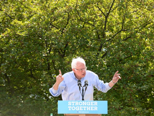 Bernie Sanders Campaigns For Hillary Clinton In New Hampshire