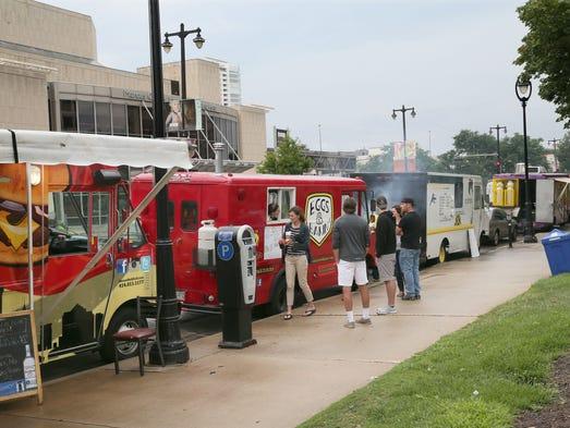 Red Arrow Park Food Trucks