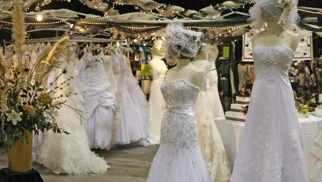 Oregon Wedding Showcase: Soon-to-be brides and grooms can gather to see all the latest wedding trends from vendors, fashion shows and galleries at this showcase, 10 a.m. to 5 p.m. Saturday, Jan. 27 and 11 a.m. to 4:30 p.m. Sunday, Jan. 28, Oregon State Fair and Exposition Center, 2330 17th St NE, Salem. $10.00.