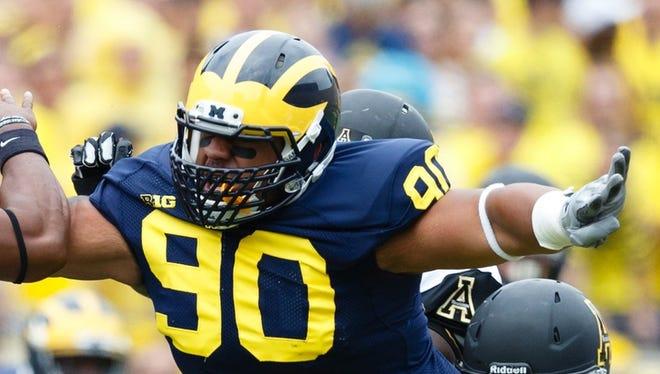 Michigan Wolverines defensive tackle Bryan Mone