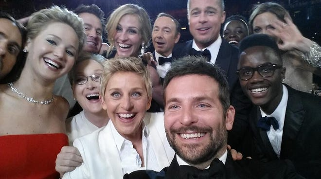 Ellen DeGeneres' selfie with top movie stars at the Oscars took the Twitter world by storm.