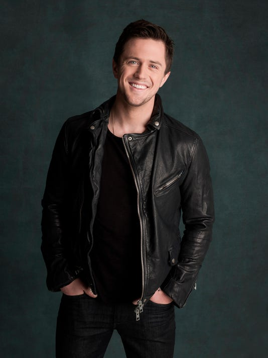 Pierce Brown photo