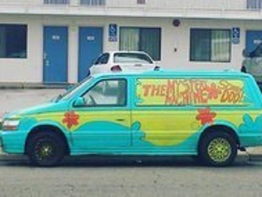 "Kay Turman's Scooby-Doo-inspired ""Mystery Machine"""