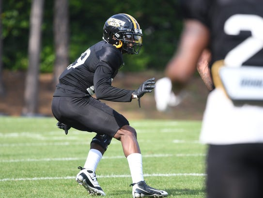 Southern Miss cornerback Ernest Gunn backpedals during