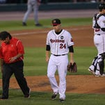 Wings' Hurlbut forced off mound with injury