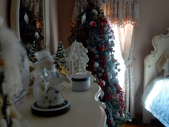 Chincoteague's Kevin Krome and Steve Potts love Christmas;