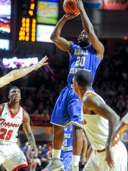 Middle Tennessee's Giddy Potts (20) goes for two Saturday, January 30, 2016, during a game at E.A Diddle Arena. (Bac Totrong/photo@bgdailynews.com)