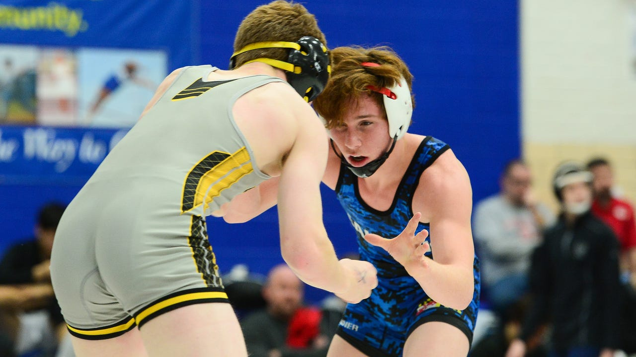 WATCH: War on the Shore day 2 high school wrestling