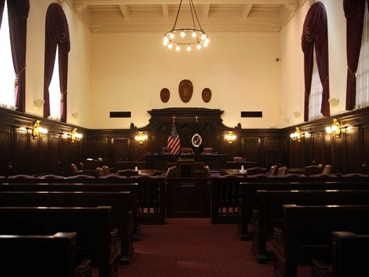 635539970914483218-courtroom2-6x4