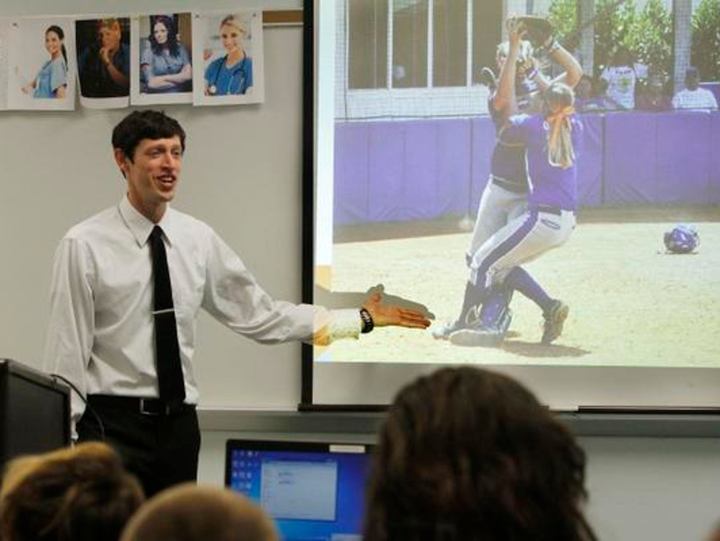Athletic Trainer Joe Whetstone lectures about his career