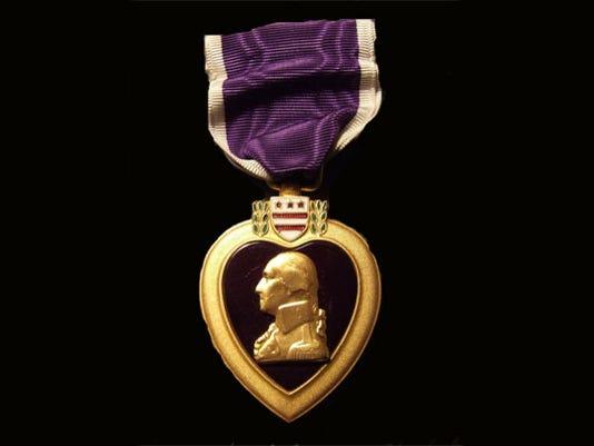 635677972525592966-purple-heart