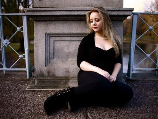 Nicky Rood will perform Saturday at the SAMI Songwriters