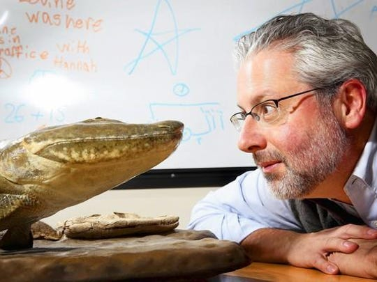 Neil Shubin, who led a 2004 team that discovered the 375-million-year-old remains of a fresh water fish with limbs in the Arctic, is delivering the keynote lecture at the University of Southern Mississippi for Darwin Day.