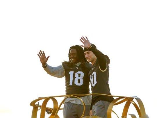 Central Florida football players Shaquem Griffin, left,