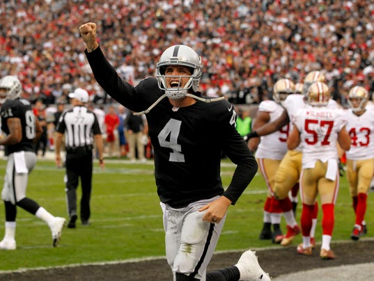 635535782359416253-USP-NFL-SAN-FRANCISCO-49ERS-AT-OAKLAND-RAIDERS-69294640.JPG