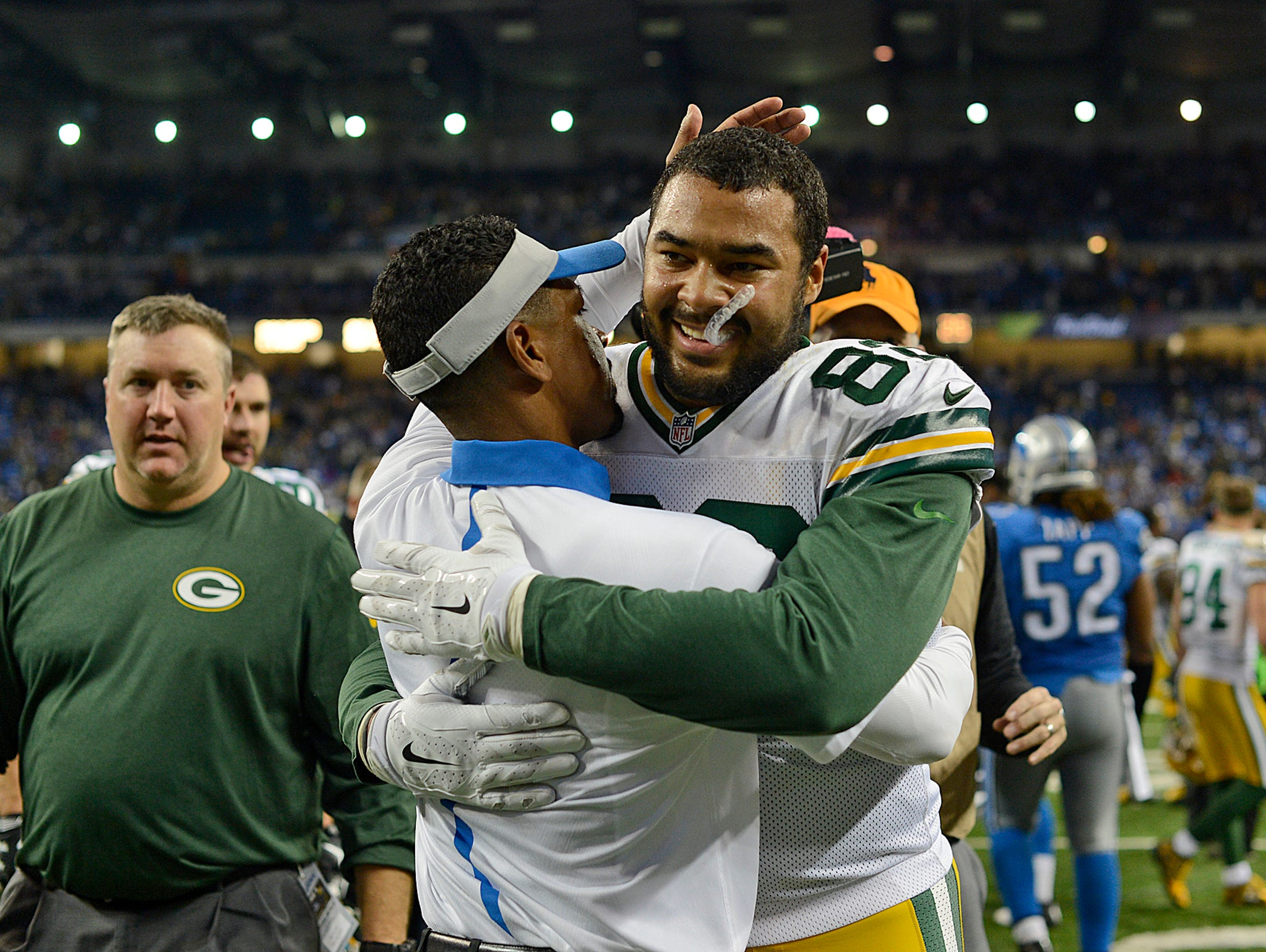 Green Bay Packers tight end Richard Rodgers gets a