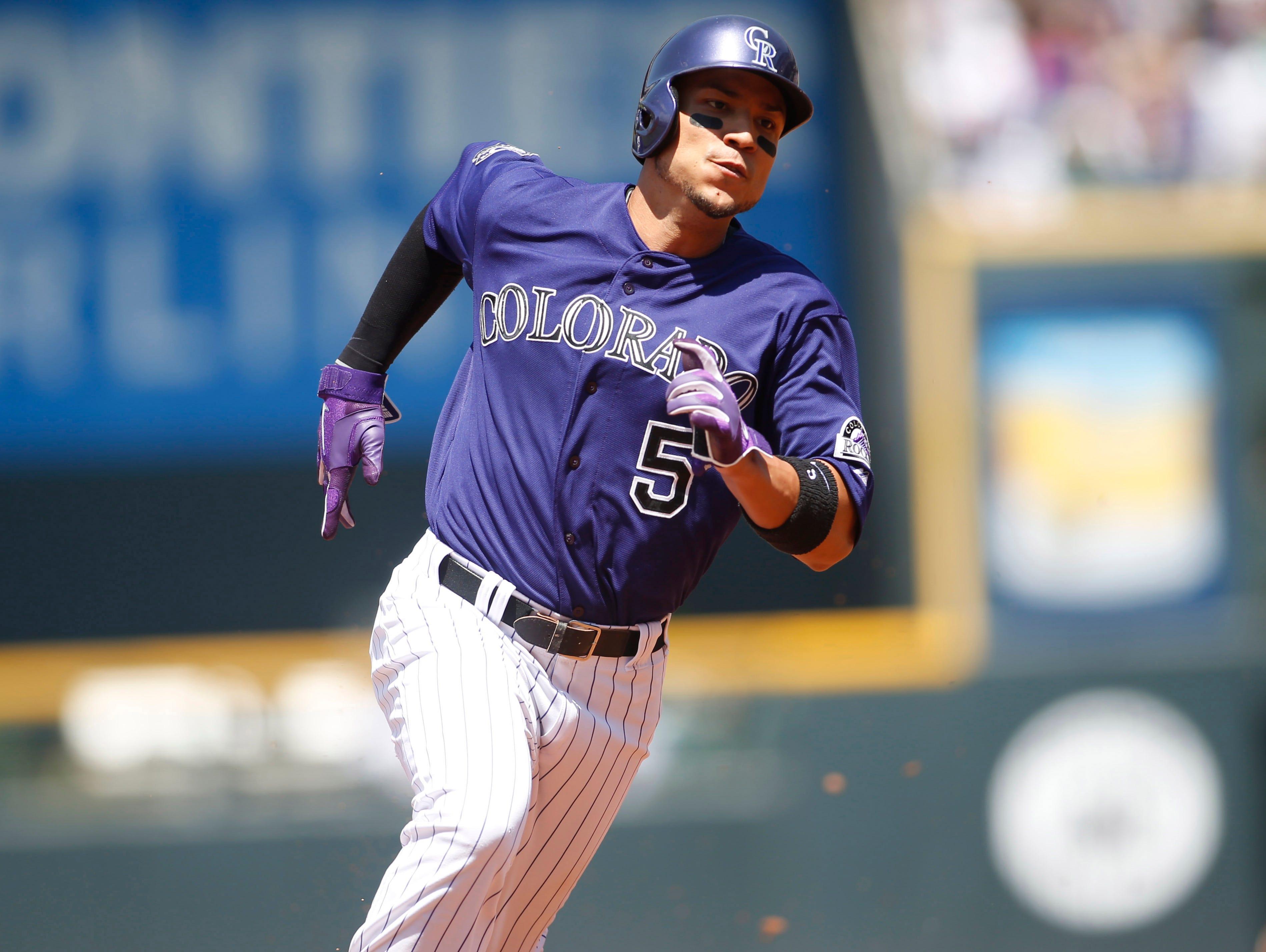 Aug. 7: The Rockies place left fielder Carlos Gonzalez on the 15-day DL with a sprained right middle finger.