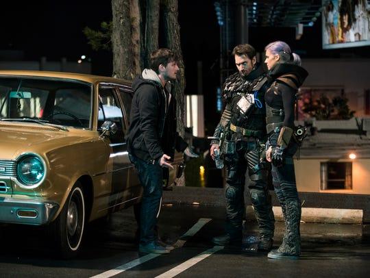 Josh Futturman (Josh Hutcherson), left, talks to Wolf