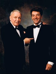 Entertainers Frank Sinatra and Tom Dreesen toured the
