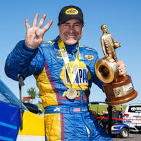Ron Capps races to 4th consecutive NHRA Funny Car win