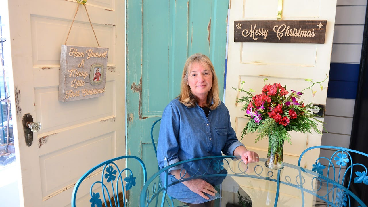 Timeless Charm, a boutique located on S. Salisbury Boulevard, offers customers a mixture of new and vintage merchandise.