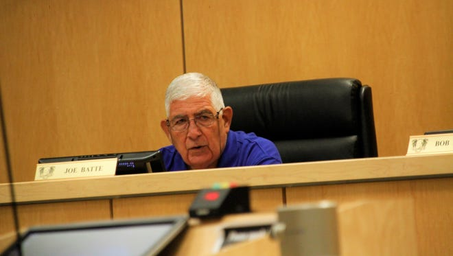 Councilor Joe Batte speaks out against hiring an executive search firm to find the next Marco Island city manager.