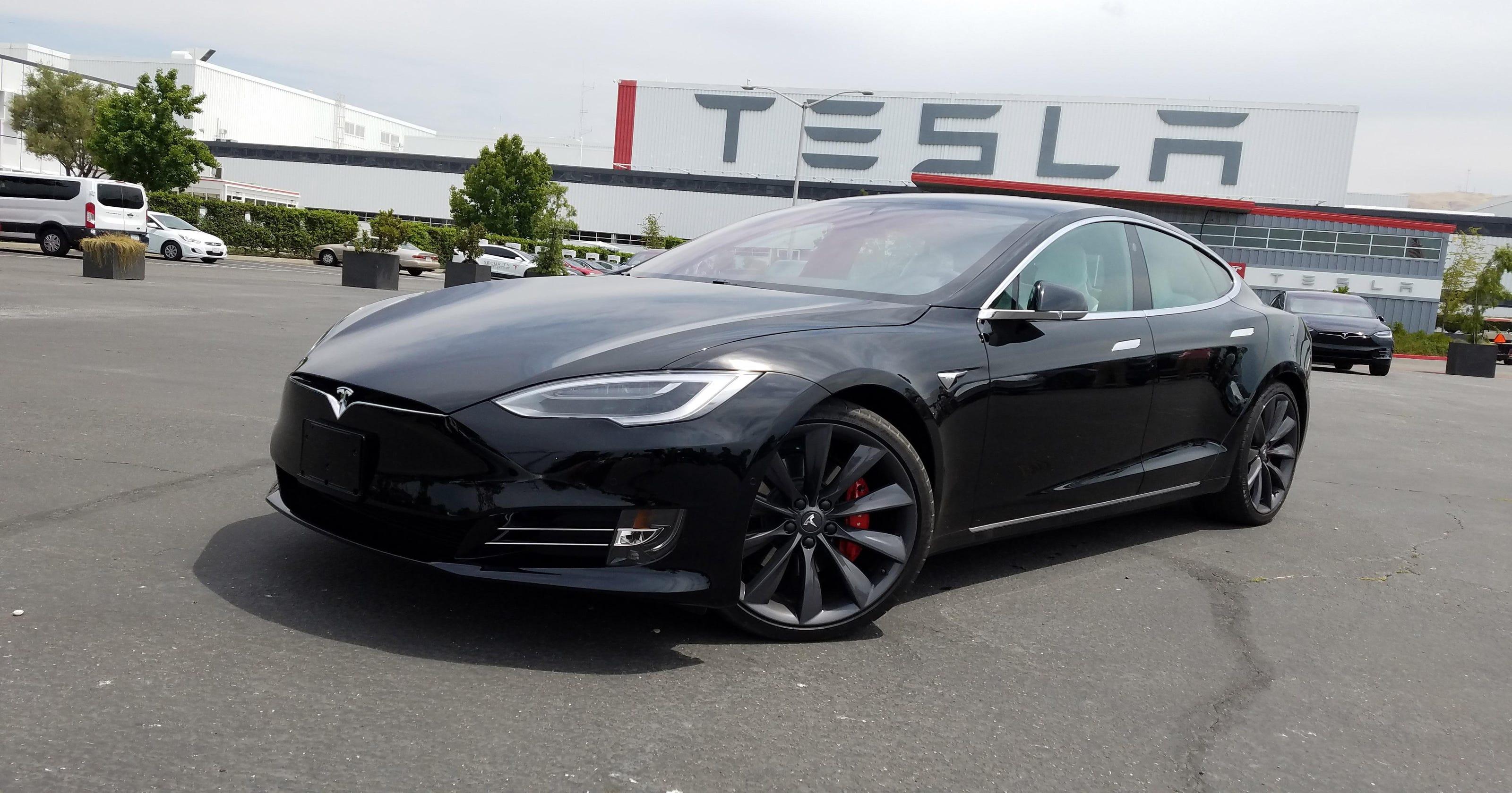 Comparison: Cadillac CT6 vs  Tesla Model S