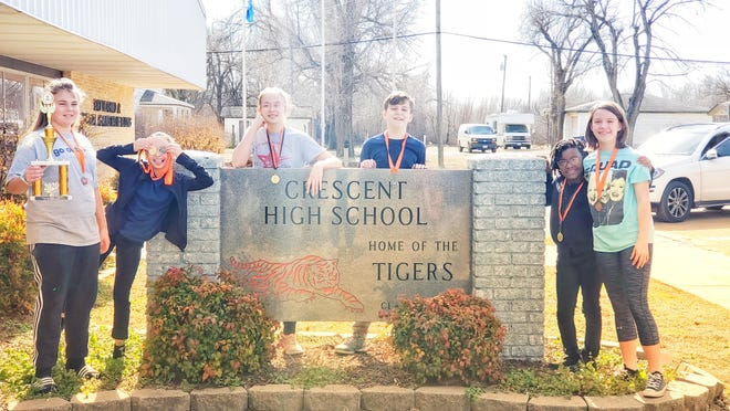 Springer Middle School speech and debate team after a competition in Crescent on Jan. 25. (L to R): Joci Lathum, Taylor Rose, Mary Hunnicutt, Sammy Hicks, Caylan Dewberry and Abby Hicks.