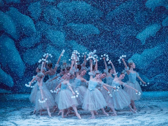 The Dance of the Snowflakes in George Balanchine's