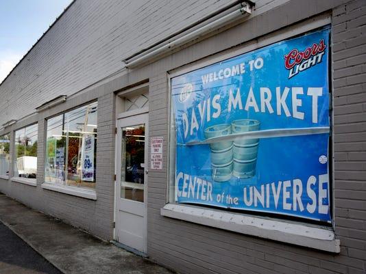 635979558047137493-1-Davis-Market.jpg