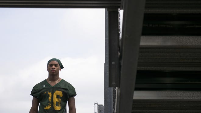 Clearview senior running back Gyair Sharper hopes to rush for more than 1,500 yards and score at least 25 touchdowns in 2016.