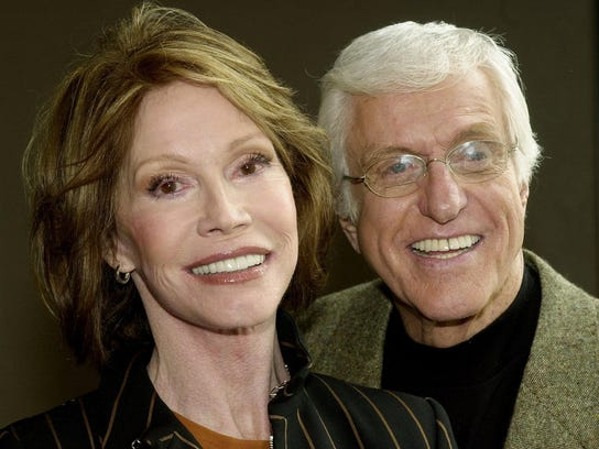 Mary Tyler Moore and Dick Van Dyke pose together on
