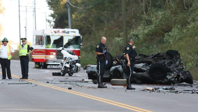 A three-car wreck closed Ashland City Road from the Cumberland Drive intersection to Edmondson Ferry Road. Four people were killed.