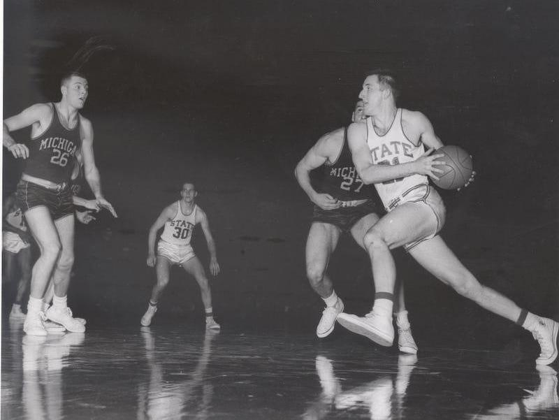 1957 : MSU Wins First Elite 8 Game