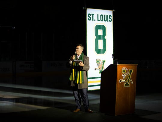 Former UVM hockey player Martin St. Louis addresses the crowd during the ceremony retiring his No. 8 jersey before Friday's game between Vermont and Dartmouth at Gutterson Fieldhouse.