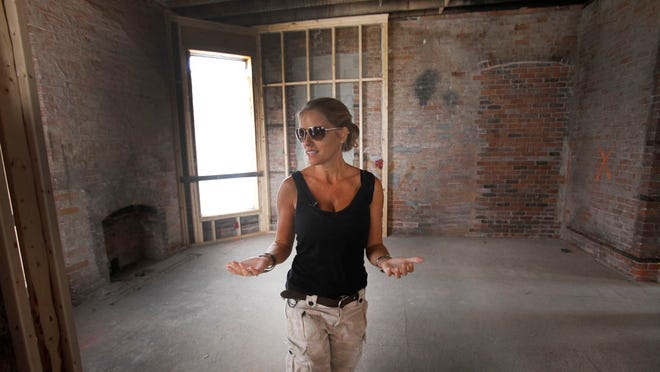 Star Of Hgtv S Rehab Addict Robbed In Detroit