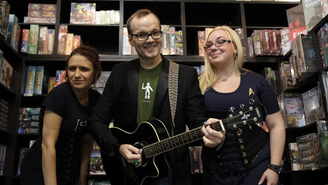 Singing about science, superheroes and other geeky topics, The PDX Broadsides are a Portland trio of nerd enthusiasts.