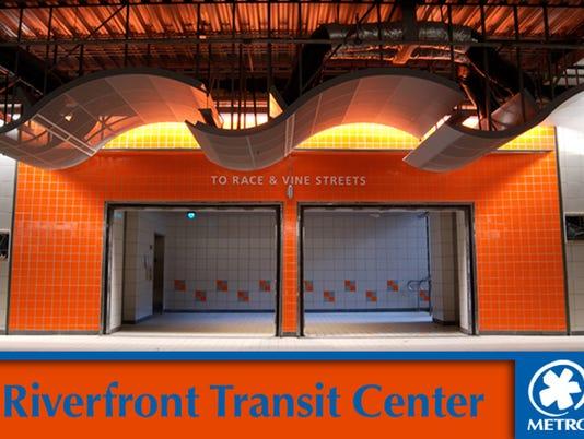 635551384865620143-transit-center